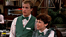 A still #30 from Cheers: Series 6 (1987)