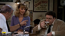 A still #8 from Cheers: Series 1 (1982)