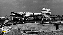 A still #31 from British Civil Aviation: Heathrow, the Early Years (1958)
