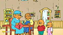 A still #6 from The Berenstain Bears: Go to School (2002)