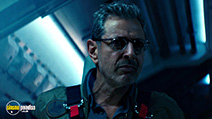 A still #6 from Independence Day: Resurgence (2016)