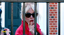 A still #5 from Absolutely Fabulous: The Movie (2016)