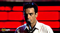 A still #4 from Robbie Williams: Live at the Albert (2001)