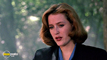 A still #7 from The X-Files: Series 3 (1995)