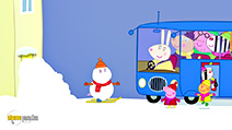 A still #57 from Peppa Pig: A Christmas Compilation (2013)