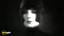 A still #3 from Asphalt (1929)