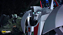 A still #26 from Transformers Prime: Series 3: Part 1 (2013)