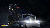 A still #25 from Transformers Prime: Series 3: Part 1 (2013)