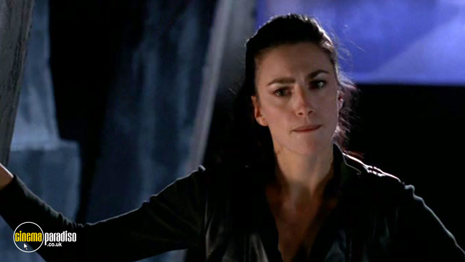 Farscape: Series 2: Parts 1 and 2 online DVD rental