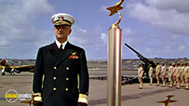 A still #6 from Dive Bomber (1941)