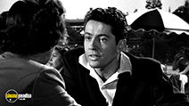A still #3 from Strangers on a Train (1951)