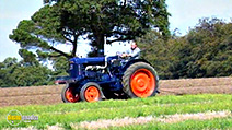 A still #2 from Classic Transport Collection: Vintage Tractors (2017)