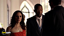 A still #24 from Lost Girl: Series 2 (2011)