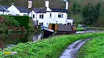 A still #37 from Narrowboats: A Novice's Guide to Narrowboating (2007)