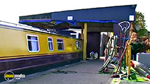 A still #35 from Narrowboats: A Novice's Guide to Narrowboating (2007)