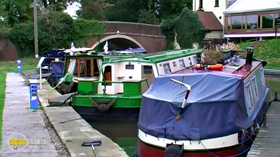 Narrowboats: A Novice's Guide to Narrowboating (aka British Narrowboating: Beginners Guide to Narrowboating) online DVD rental