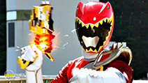 A still #24 from Power Rangers Dino Charge: Breakout (2015)