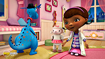 A still #28 from Doc McStuffins: Toy Hospital (2016)
