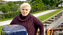 A still #9 from Coastal Railways with Julie Walters (2017)