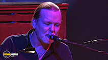A still #8 from The Allman Brothers Band: Live at the Beacon Theatre (2003)