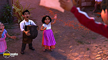 A still #44 from Coco (2017)