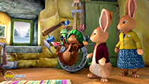 A still #22 from Peter Rabbit's Christmas Tale (2014)