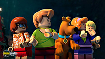 A still #6 from Lego Scooby-Doo!: Blowout Beach Bash (2017)