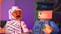 A still #2 from Lego Scooby-Doo!: Blowout Beach Bash (2017)