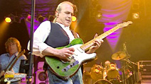 Still #6 from Status Quo: Famous in the Last Century