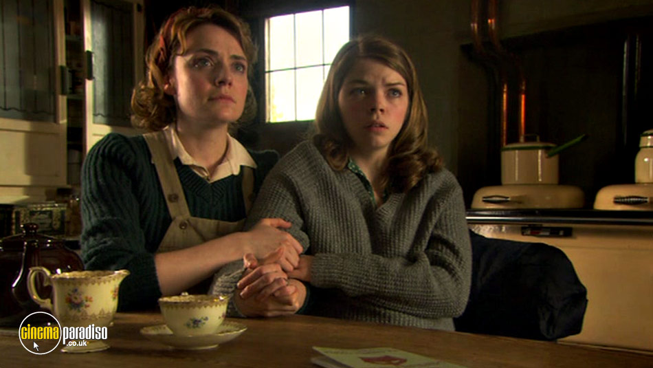 Land Girls: Series 1 online DVD rental