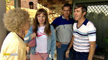 Still #4 from Kath and Kim: Series 2