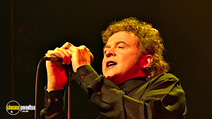 Still #3 from Simply Red: Live in London