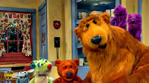 Still #7 from Bear in Big Blue House: Potty Time
