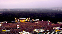 Still #6 from Robbie Williams: What We Did Last Summer: Live at Knebworth