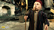 A still #3 from The Imaginarium of Doctor Parnassus with Verne Troyer