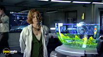 A still #10 from Avatar with Sigourney Weaver