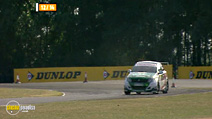 Still #8 from British Touring Car Championship: Review - 2006