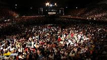 Still #5 from Eric Clapton: Crossroads Guitar Festival