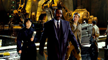 A still #6 from Pacific Rim with Idris Elba