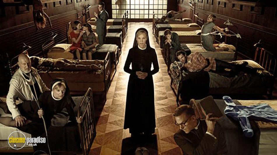 American Horror Story: Series 2 online DVD rental