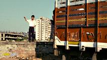 A still #6 from Slumdog Millionaire (2008)