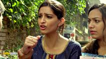A still #1 from Raanjhnaa (2013) with Sonam Kapoor