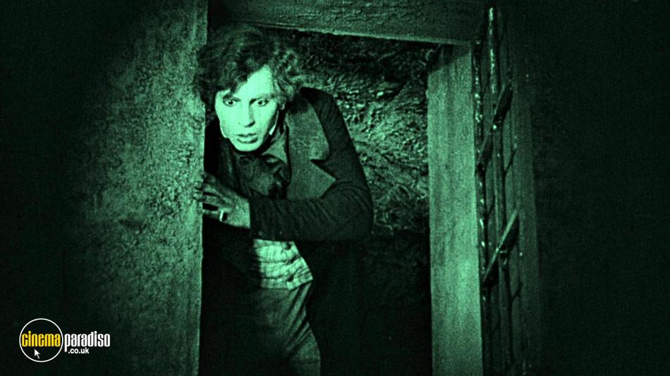 Nosferatu (aka Nosferatu, eine Symphonie des Grauens) online DVD rental