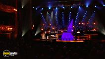 Still #4 from Robbie Williams: One Night at the Palladium