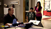 A still #8 from Modern Family: Series 1 (2009) with Sofía Vergara, Ed O'Neill and Rico Rodriguez