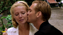 A still #40 from The Talented Mr. Ripley with Jude Law and Gwyneth Paltrow