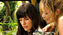 A still #29 from A Perfect Getaway with Milla Jovovich