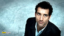A still #2 from The International with Clive Owen