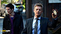 A still #3 from The Flash: Series 1 (2014) with Rick Cosnett and Grant Gustin