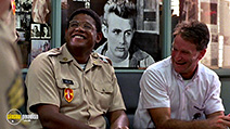A still #23 from Good Morning, Vietnam with Robin Williams and Forest Whitaker